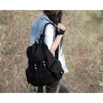 black sport backpack